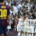 El Real Madrid celebra uno de sus 3 goles frente al Barcelona en 'el clásico' en el Bernabéu del sábado 25 de octubre de 2014