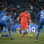 Leo Messi no pudo marcar frente a la estructurada defensa azulona en el Getafe - Barcelona del sábado 13 de diciembre de 2014