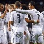 Los jugadores del Real Madrid celebran uno de los 3 tantos de Cristiano Ronaldo frente al Celta en la jornada 14ª de Liga BBVA (sábado 6 del 12 de 2014)