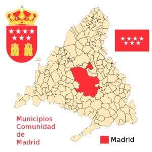 Mapa de los 179 municipios de la Comunidad de Madrid con bandera y escudo.