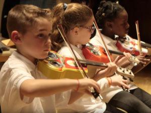 Música por la Inclusión | Concierto de Navidad | Fundación Música Creativa | 11/12/2019 | Auditorio Nacional de Müsica | Madrid | Orquesta La Música del Reciclaje