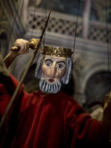 Miguel de Cervantes o el deseo de vivir   José Manuel Navia   Museo Casa Natal de Cervantes   Alcalá de Henares   Retablo de Maese Pedro