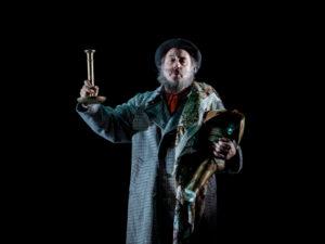 Señor Ruiseñor | Els Joglars | 2-20/09/2020 | Teatros del Canal | Chamberí | Madrid | Ramon Fontserè como Santiago Rusiñol