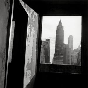 La destrucción del Bajo Manhattan de Danny Lyon | Museo ICO | 'Vista hacia el sur desde el nº. 100 de la calle Gold' (1967) | © Danny Lyon / Magnum Photos