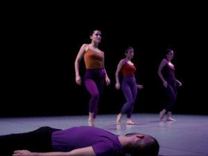 34º Certamen Coreográfico de Madrid | 09-13/12/2020 | Centro de Cultura Contemporánea Condeduque | Pieza Hiit de Eyas Dance Project | Foto Itxasai Mediavilla