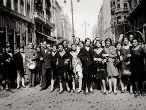 Libro Madrid. Retrato de una ciudad | La Librería (2020) | Modistas en la Gran Vía | Alfonso (1933)