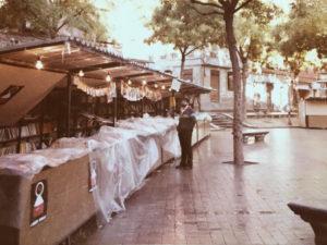 Caseta Librería Burgos   Feria del Libro de Vallecas (hacia 1980)   Plaza Vieja   Puente de Vallecas   Madrid
