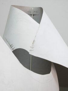 Cubierta brillante, margen delgado | Fuentesal & Arenillas | 02/06-25/07/2021 | Sala de Arte Joven | S.T. - Moldes (2021) | Detalle instalación